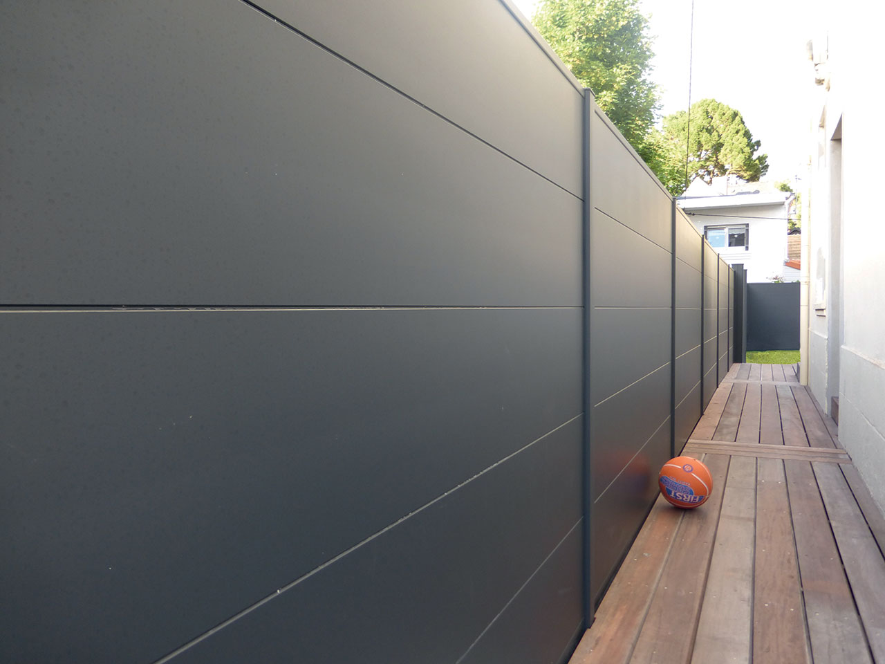 Cl ture pleine aluminium chaumont neufch teau mercier david for Cloture alu gris anthracite